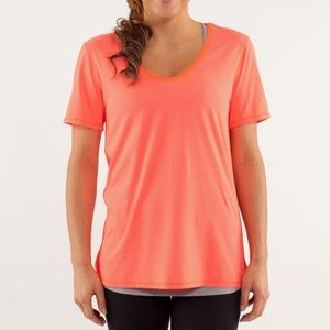 LULULEMON Not So Basic Gym Tee Light Flare {E54}